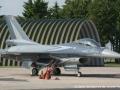 F16bPic481.jpg