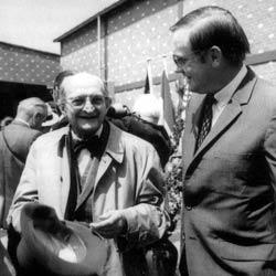 Henri Dufaux et Neil Armstrong en 1972 à Lucerne (photo : Musée des transports).